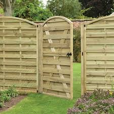 Residential Fencing & Landscaping In Bradford 1