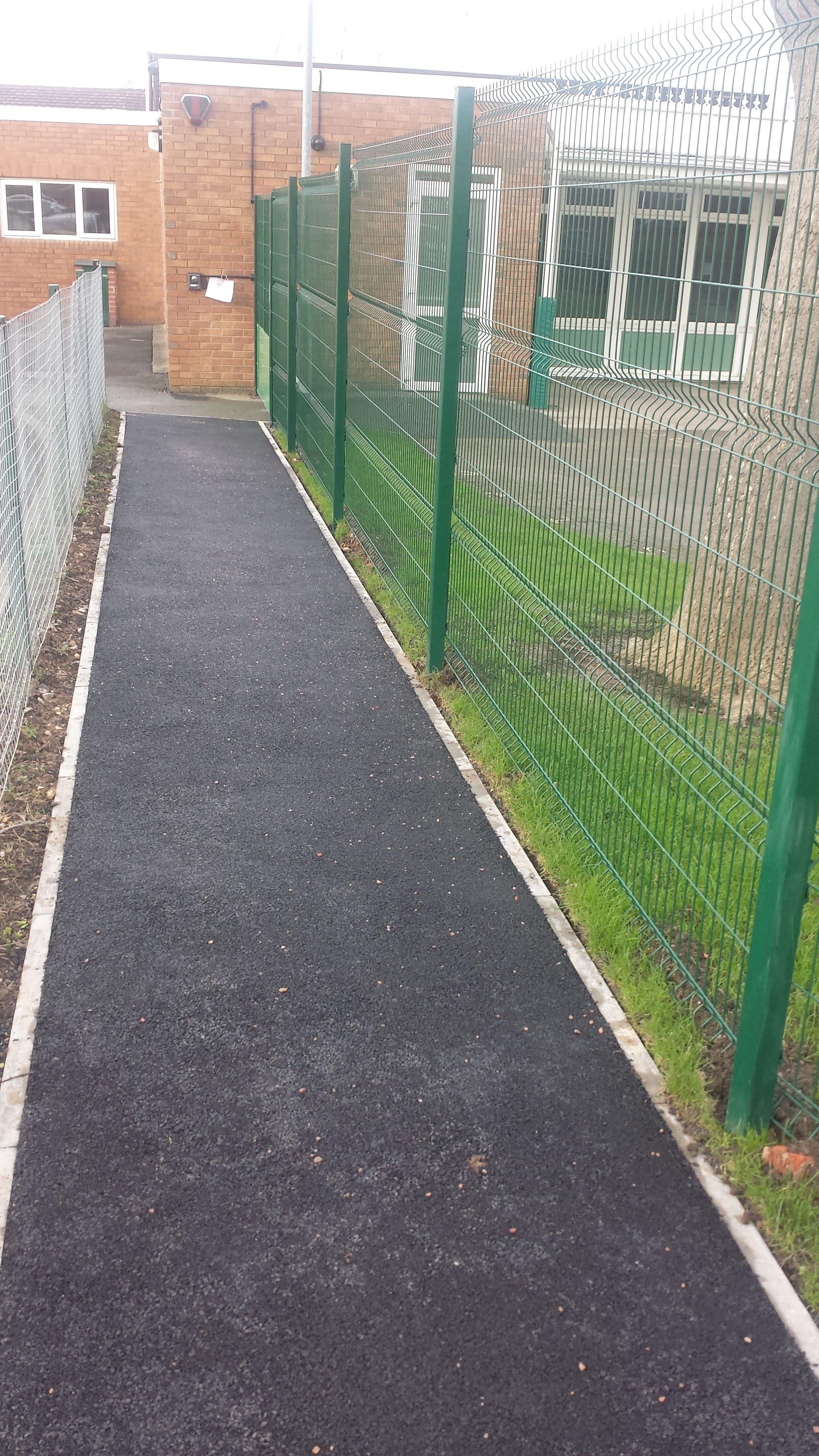 school-mesh-fencing